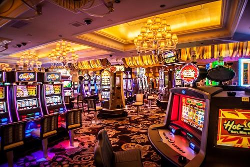 Deadwood slot spins winning